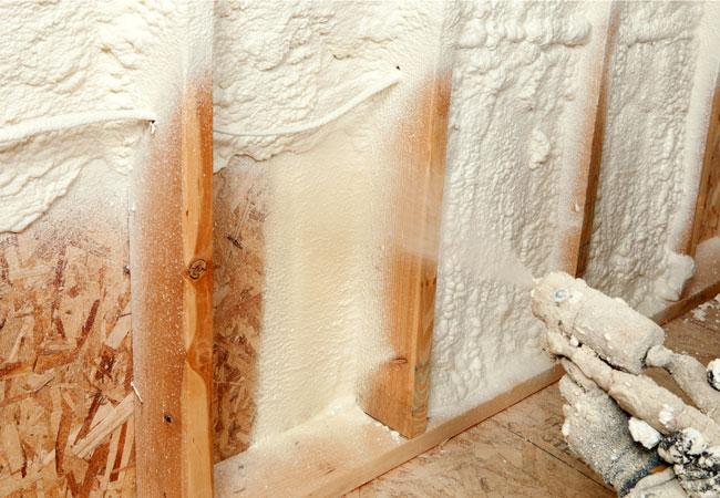 izolatie cu spuma poliuretanica pereti